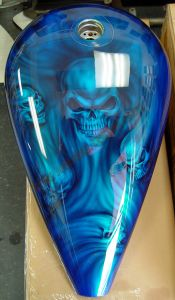 Geiger And Skulls Custom Paint 569