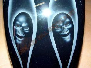 Geiger And Skulls Custom Paint 597
