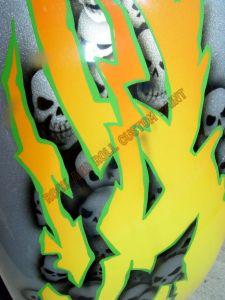 Geiger And Skulls Custom Paint 599