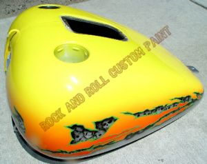 Geiger And Skulls Custom Paint 600