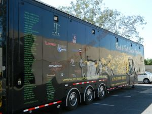 "<a href=""http://rockandrollcustoms.com/main/galleries/""><b>RV And Trailer Custom Paint 2438</b></a>"