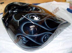 Geiger And Skulls Custom Paint 592